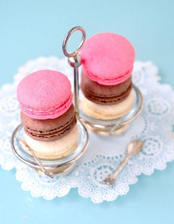 Valentines Day Macarons