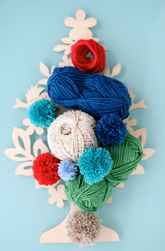 How-to-make-a-pom-pom-yarns-with-tree