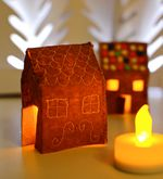 Felt-gingerbread-houses-at-night