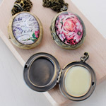 Solid-Perfume-Locket