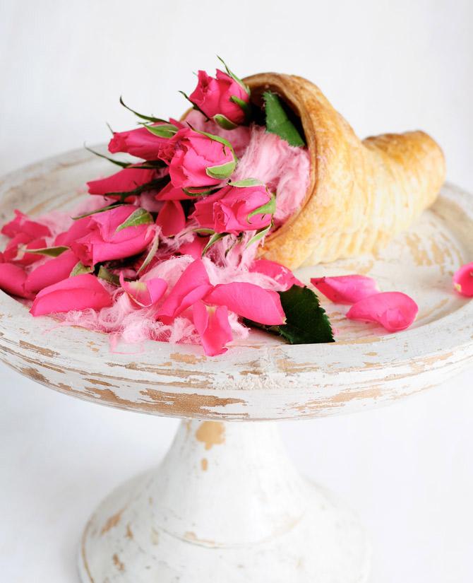 Rose-pastry-cornucopia