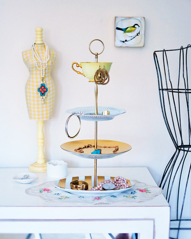 Jewelry-stand-how-to