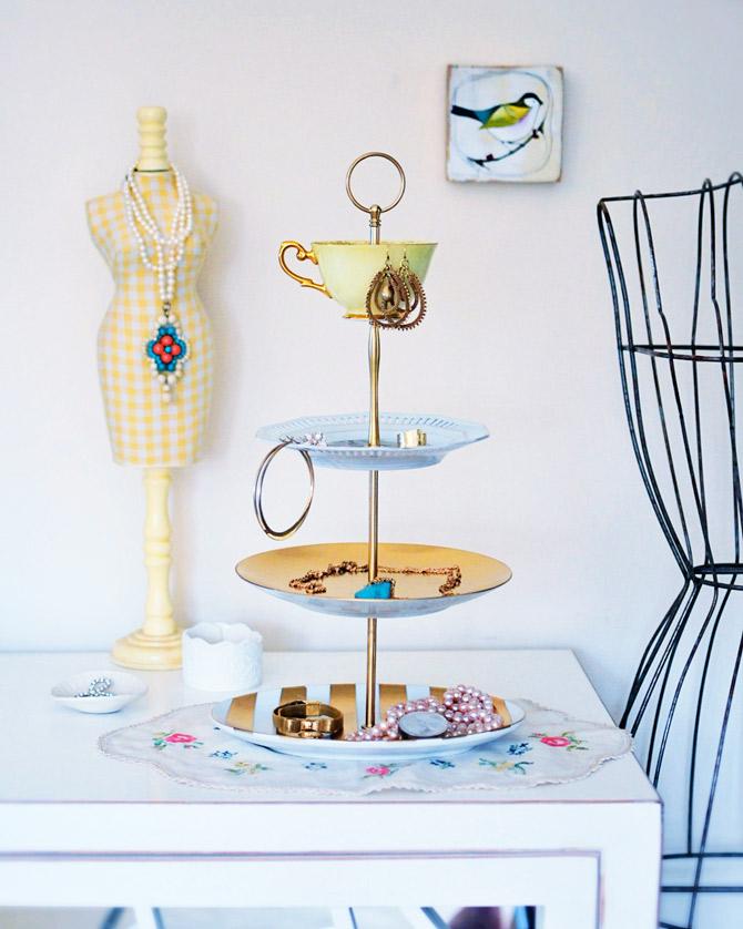 Jewelry-stand-how-to  sc 1 st  Go Make Me & go make me how to make a jewelry or cake stand / diy project - Go ...