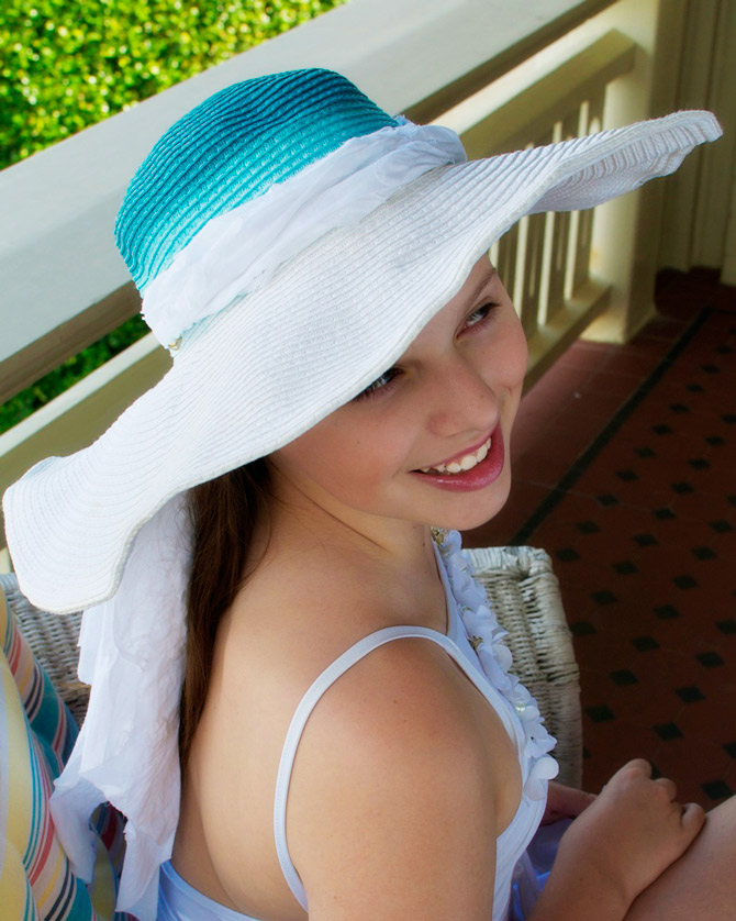 How-to-ombre-dye-a-sun-hat