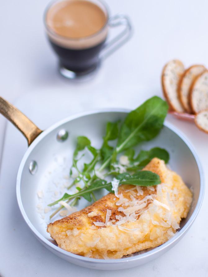 Fluffy-souffle-omelette
