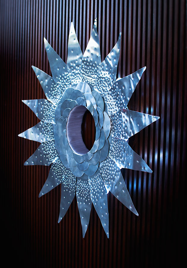 Small-metal-wreath
