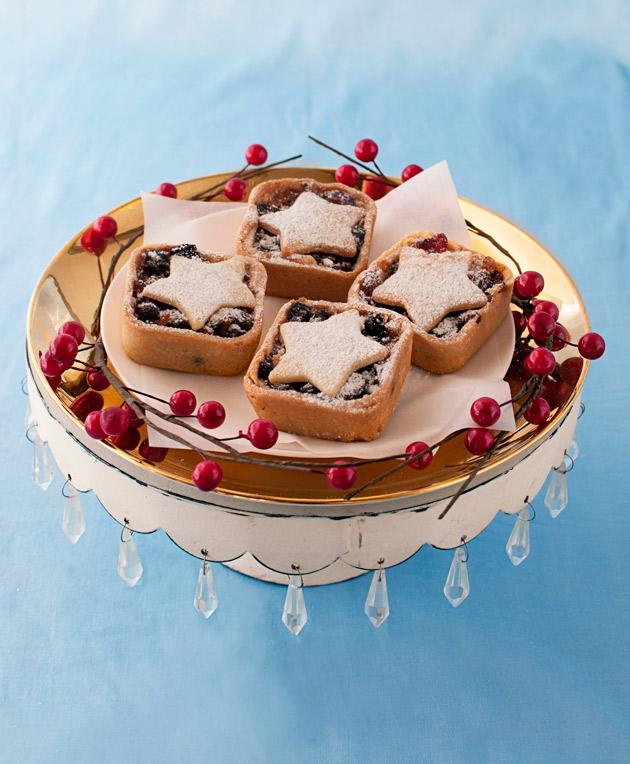 Fruit-Mince-Tarts-in-baking-tin