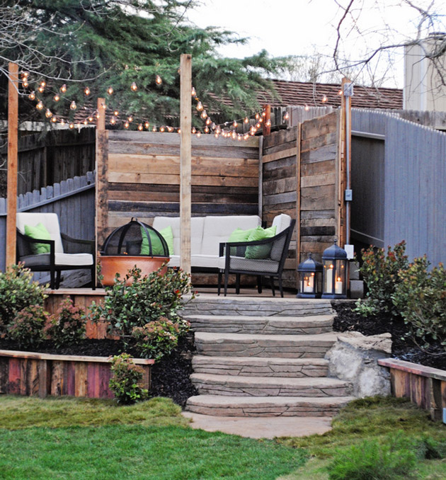 Outdoor-seating-with-wood-panelling