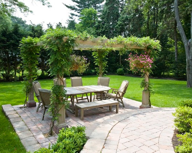 Outdoor-table