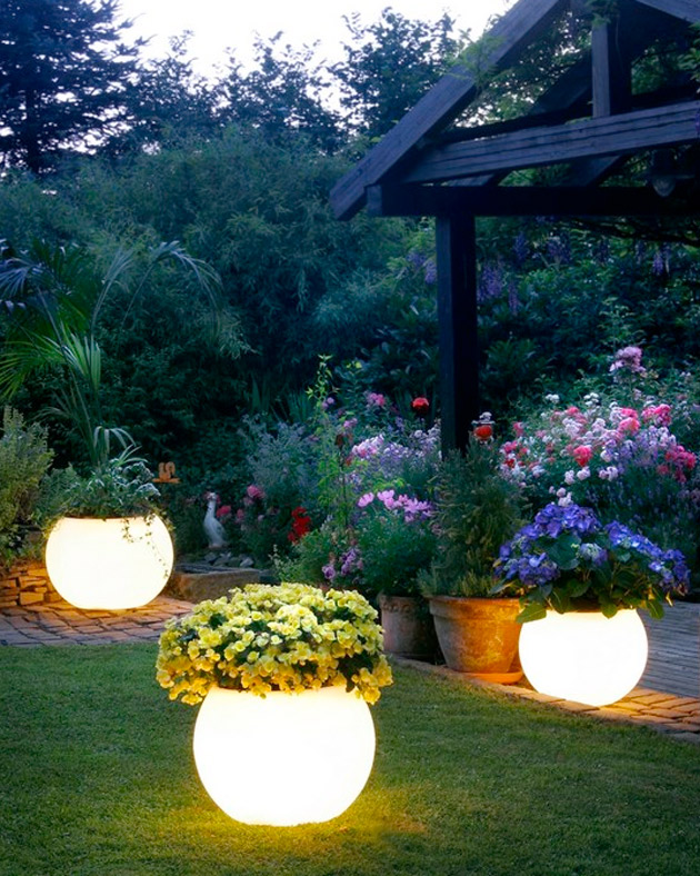 Light-garden-pots